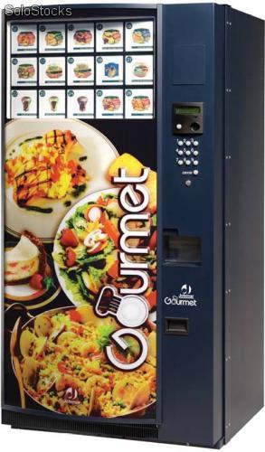 Máquinas para venda de bebidas e alimentos serão novidade nos aeroportos do Brasil