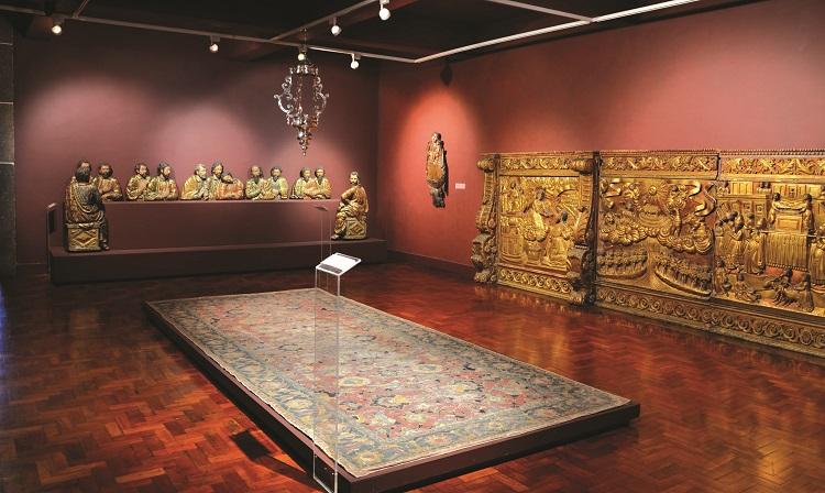 Museu Arte Sacra madeira