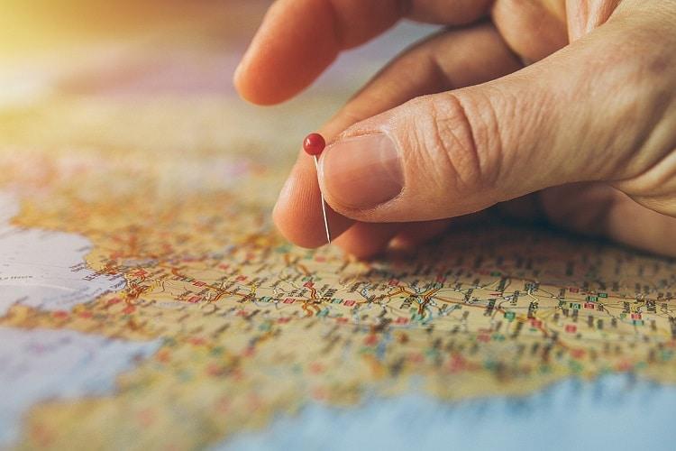 Descubra o seguro viagem mais adequado para cada continente