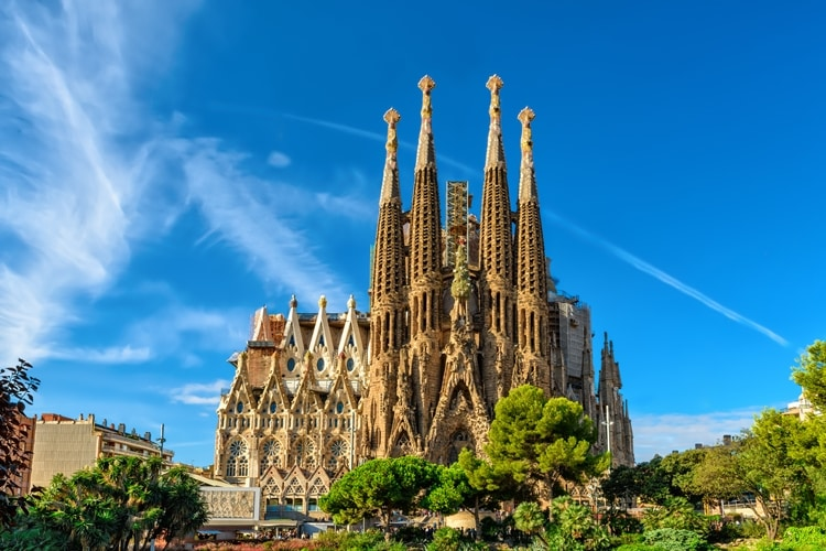 Roteiro de Gaudí: um passeio arquitetônico por Barcelona