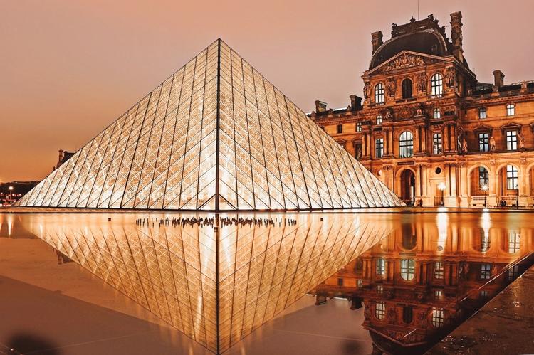 Visitando e conhecendo a História do Museu do Louvre 1