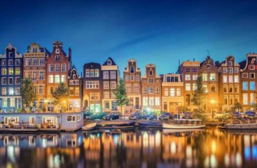 Amsterdam Reflections by Matthias Haker