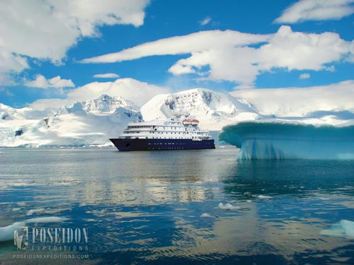 Antartica-Sea-Explorer