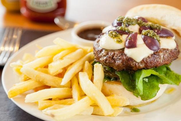 Aquarela Burger apresenta novas opções artesanais