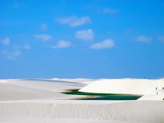 As incríveis dunas de areia nos Lençóis Maranhenses