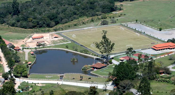Assim é um pouco do Hotel Estância Atibainha, com 900.000m2 de área verde para diversão e descanso.