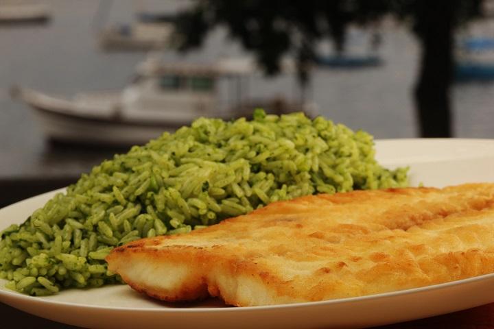 Bar e Restaurante Urca_Executivo - File de Peixe com arroz de brócolis 002_crédito Berg Silva