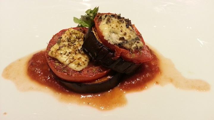 Berinjela e tomate a la Siciliana