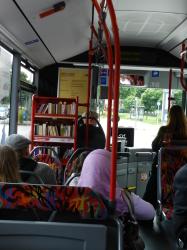 Biblioteca nos ônibus