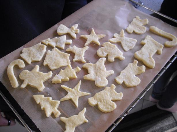 Biscoitos prontos para ir ao forno.