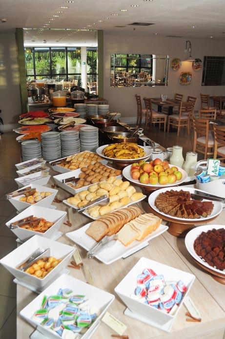 Blue Tree Premium Morumbi - café da manhã - Geral