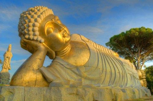 Buddha-Eden-Bombarral-HDR