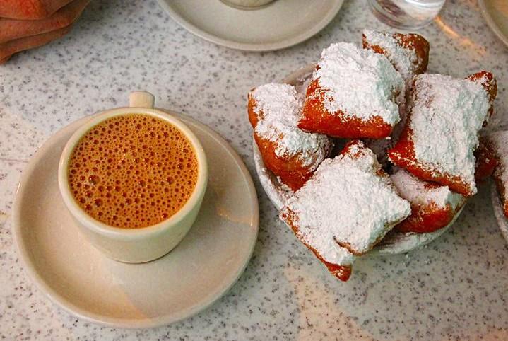 Café du Monde - beignets e café au lait