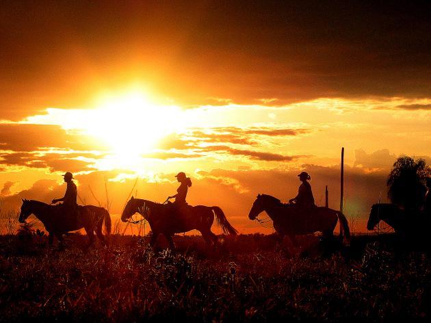 Cavalgada_Horseback riding - Rio da Prata