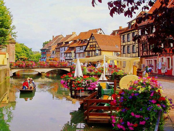Colmar, a beautiful litlle town in north eastern France 600