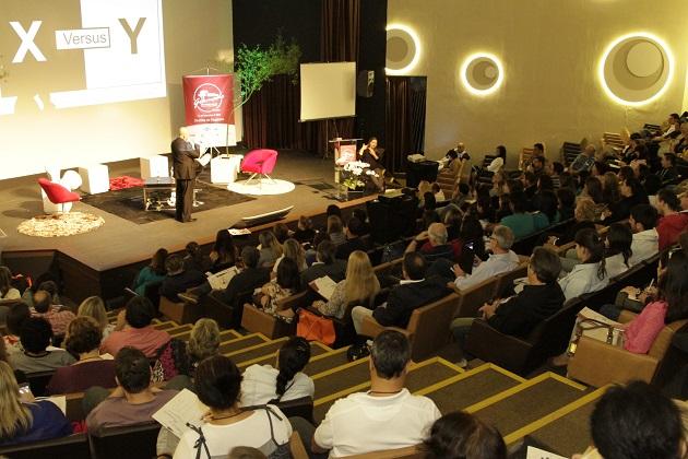 Congresso do Festuris recebe os participantes do evento no Centro de Eventos do Serrano Resort. Foto: Cleiton Thiele