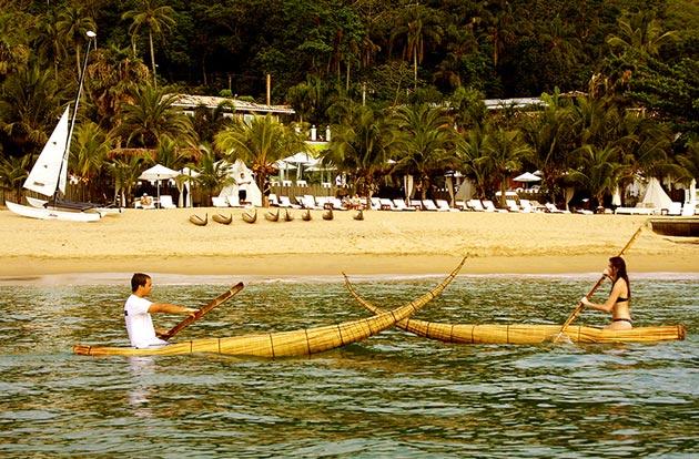 DPNY Beach Hotel em IlhaBela e os Caballitos de Totora