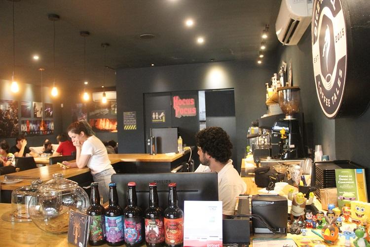 dicen-roll-coffee-tales-3