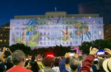 Video Mapping Hotel Belmont Copacabana Palace. Foto: Miguel Sá
