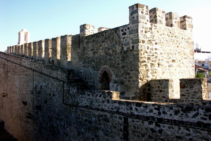 Elvas_Castle,_Alentejo,_Portugal,_29_September_2005