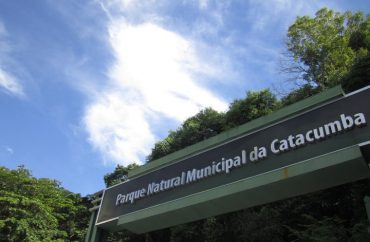 Entrada do Parque Natural Municipal da Catacumba/Foto por: Duda Menegassi