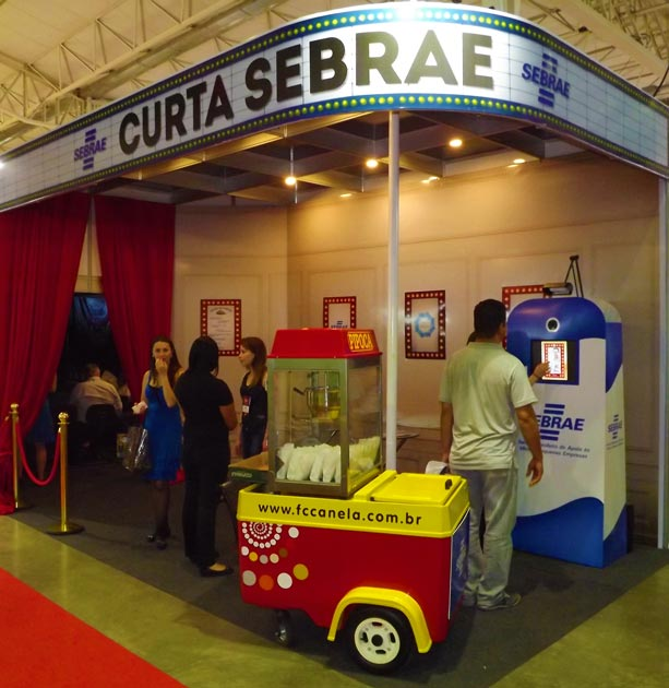 Estande do Curta Sebrae no Festuris