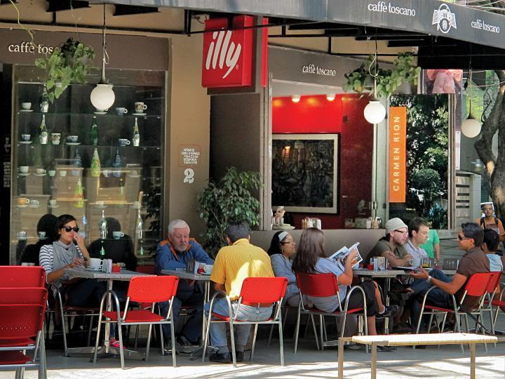 GEMD BMDF_ROMA-CONDESA_foto 05_cafe frente parque mexico_IG