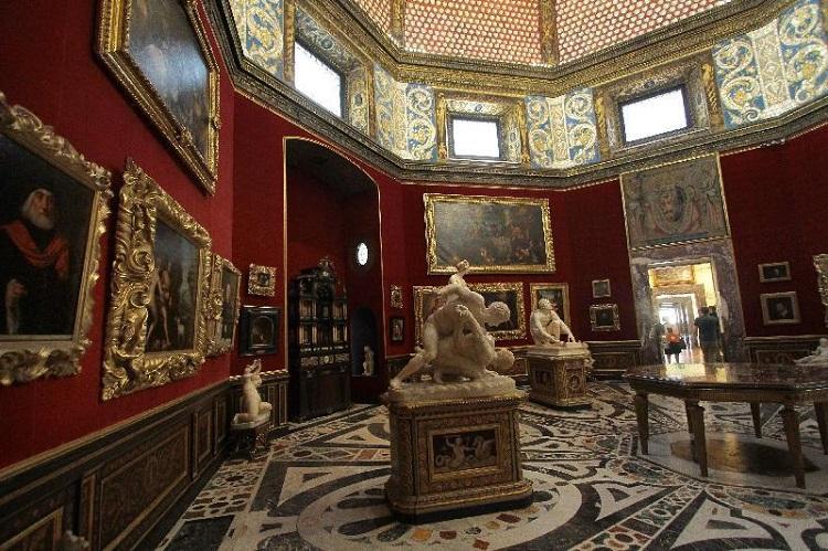 galleria-degli-uffizi-florenca