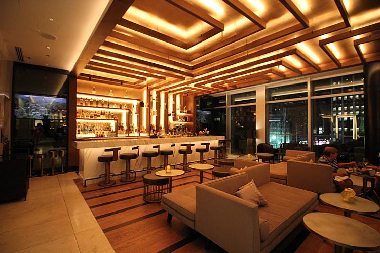 hotel-renaissance-new-york-midtown-10
