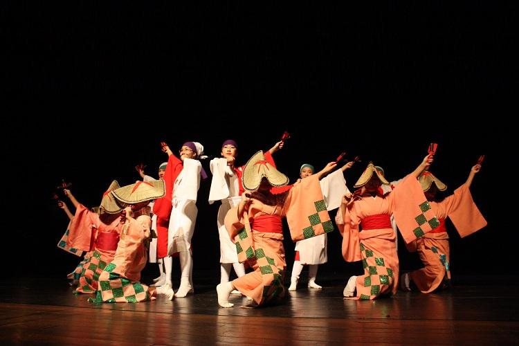 Um pouco do Japão Fest foi apresentado durante uma Mostra Cultural. Foto: Dênes de Azevedo
