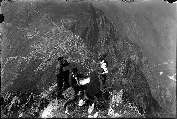 Martín Chambi em Huayna Picchu, Machu Picchu, 1939