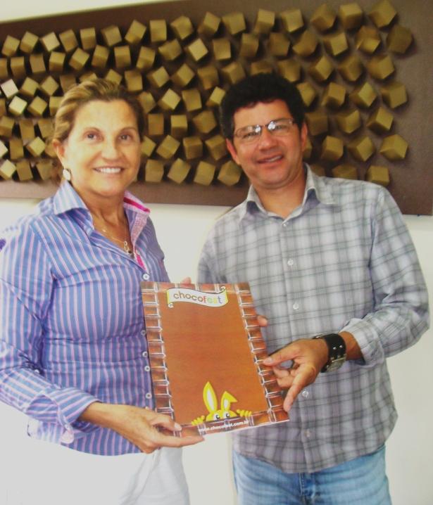 Marta Rossi e Francisco Padilha durante encontro que firmou a parceria