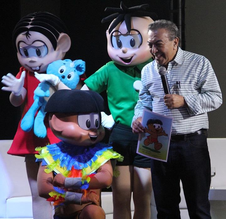 Mauricio de Sousa apresenta o personagem Papa Capim em live action para o Aldeia das Águas. Foto: Eduardo Madeira