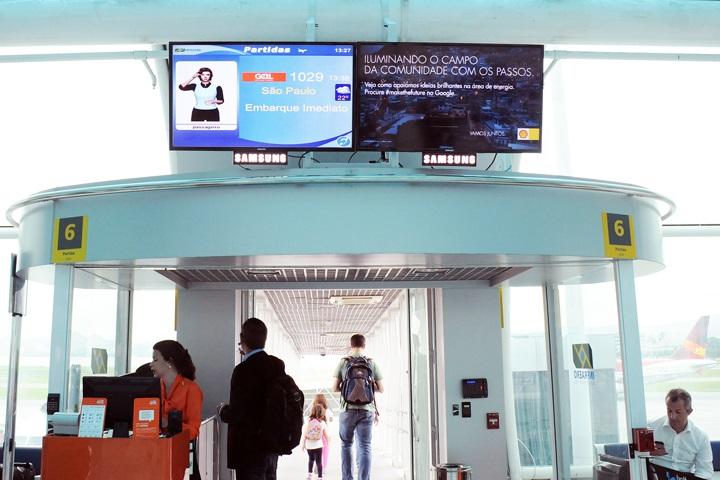 Monitores do Aeroporto Santos Dumont  (1)