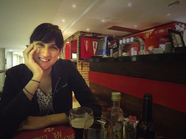 Naira Amorelli no Red Corner - Budweiser