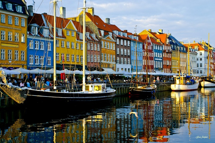 Nyhavn_copenhagen-1024x684