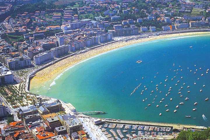 Viaje pelas vielas, praias e gastronomia de San Sebastián