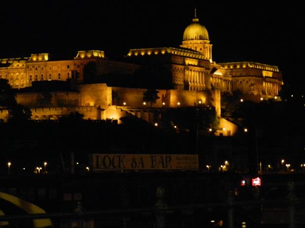 Palácio Real visto de noite