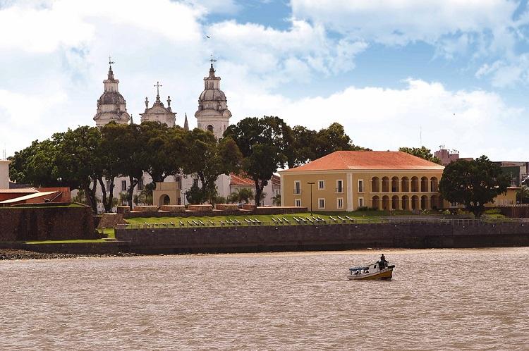 Casas das Onze Janelas - Vista da orla de Belém