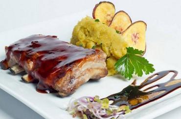 Pechito de cerdo con pure de batata