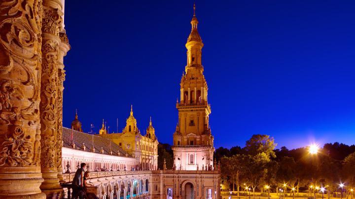 Plaza-De-Espana-Seville-52652