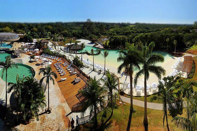 Praia e Piscinas Termais - Mabu
