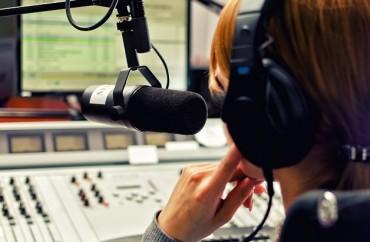 Rádio locução