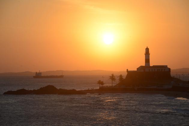 Salvador_Bahia_Pôr-do-Sol_Farol-da-Barra_Foto-Max-Haack