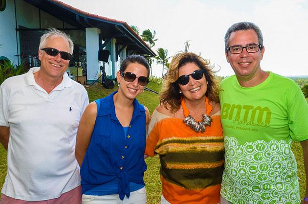 Scott Stemm, Ana Zonari, Kiki Zonari, vice-presidente da Associação Pousada Charmosa e Eduardo Madeira durante almoço com jornalistas. Foto: Flávio Japa/Exclusiva!BR