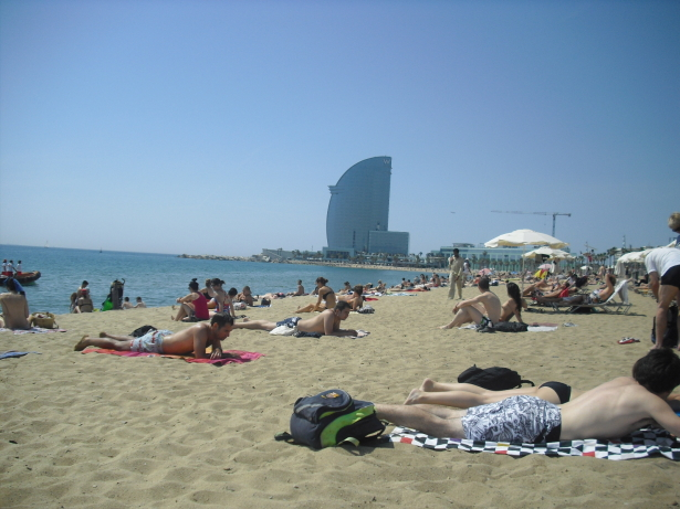 Topless é permitido em Barcelona