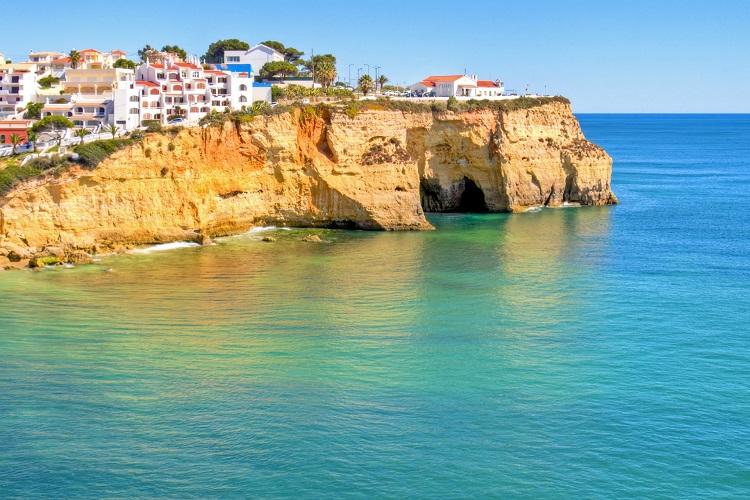 Algarve: As praias desertas para visitar neste verão