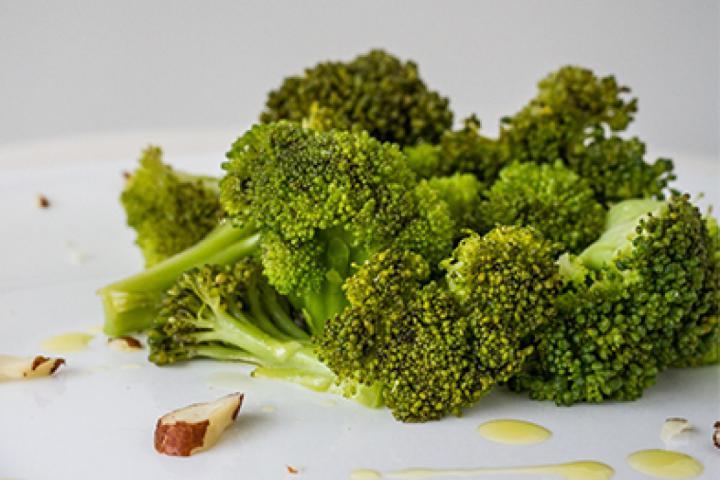 brocolis-cozido-no-vapor_maior