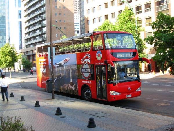 bus-rojo-turistik-santiago-chile