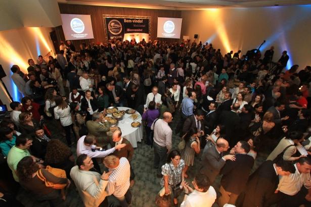 Em 2011, mais de 500 pessoas compareceram à festa na capital gaúcha